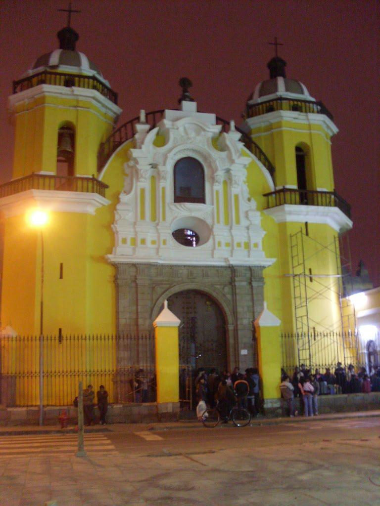 http://summahistoriae.blogspot.com/2010/10/el-nuevo-parque-de-la-cultura-luis.html